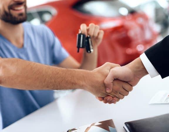 Gebrauchtwagenkaufvertrag – Rücktritt und ausreichende Gelegenheit zur Nacherfüllung durch Verkäufers