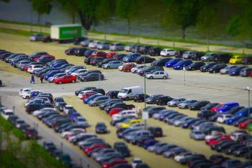 Parkplatzunfall und Anwendung von Rechts vor Links