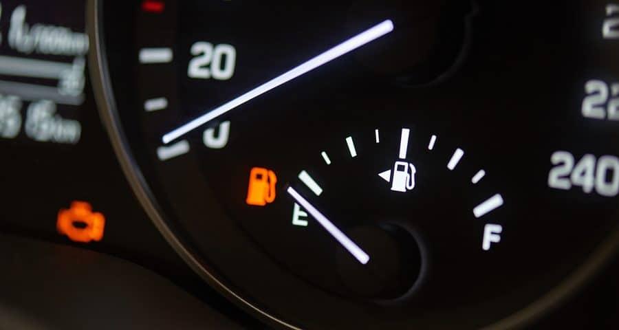 Verkehrsunfall mit Totalschaden – Ersatz des Benzins im Tank