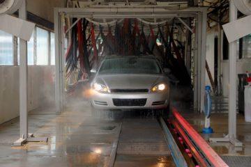 Autowaschanlage: Betreiberhaftung bei Abriss eines Scheibenwischers während des Waschvorgangs