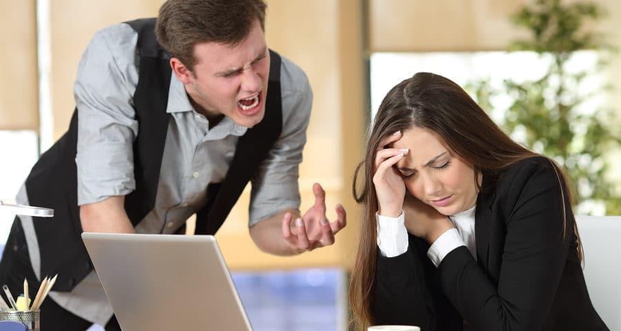 Fristlose Mietvertragskündigung wegen Beleidigung der Mitarbeiter des Vermieters