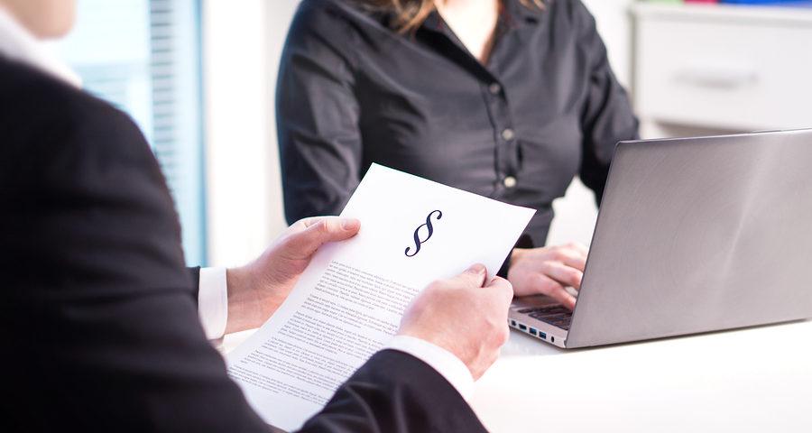 Anspruch auf Übersendung einer anonymisierten Urteilsabschrift