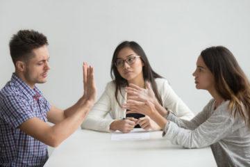 Getrennt lebender Ehegatten – treuwidrige Abhebung und Verwendung von Geldern