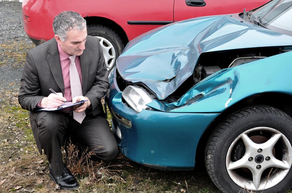 Verkehrsunfall - Anrechnung des erzielten Restwerts des verunfallten Fahrzeugs
