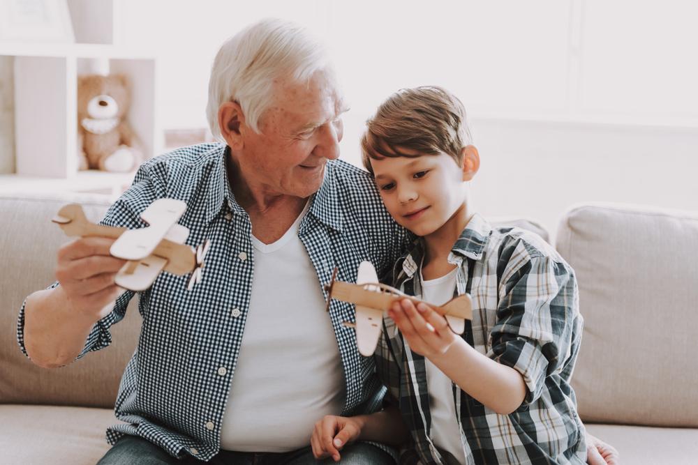 Umgangsrecht zwischen Kind und ihm unbekannten Großeltern