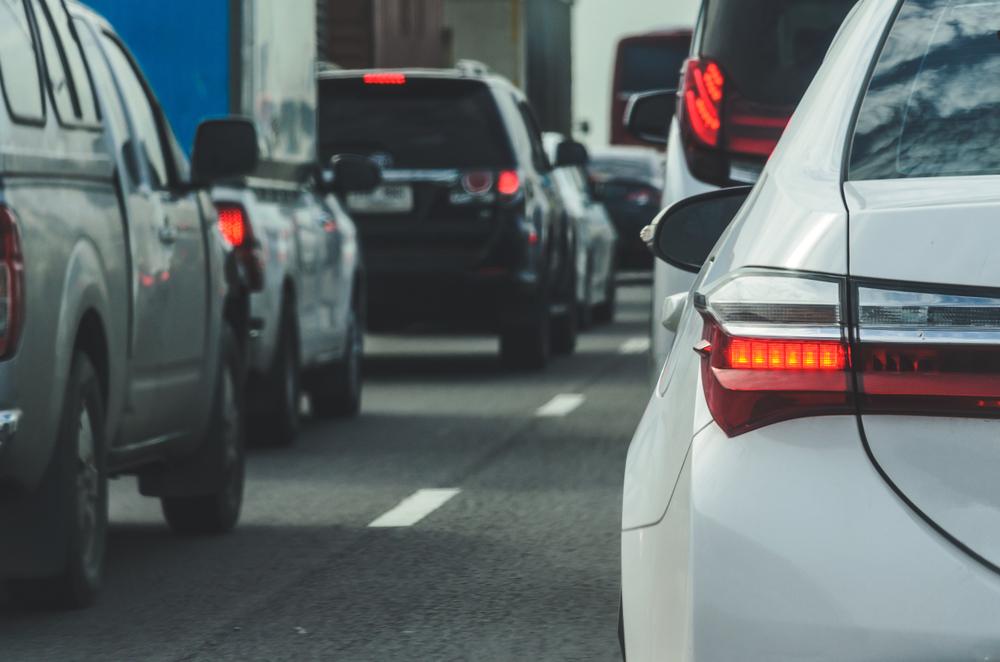 Verkehrsunfall bei Spurwechsel im Reißverschlussverfahren