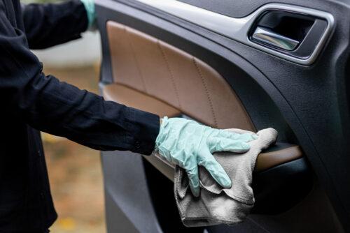 Verkehrsunfall - Erstattungsfähigkeit der Kosten für Fahrzeugreinigung