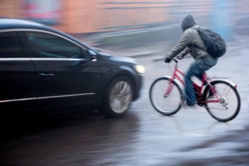 Verkehrsunfall - Abwägung der Verschuldensbeiträge zwischen Pkw- und Fahrradfahrer