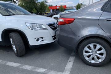 Parkplatzunfall – Haftungsverteilung