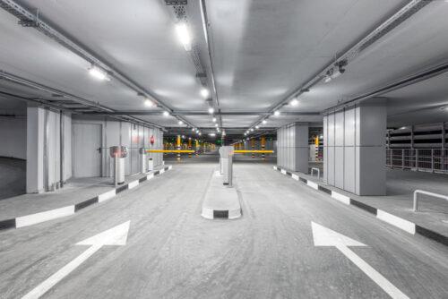 Parkplatzunfall - Alleinhaftung bei falscher Einfahrt